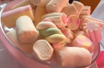 Marshmallow candy buffet Soy Luna